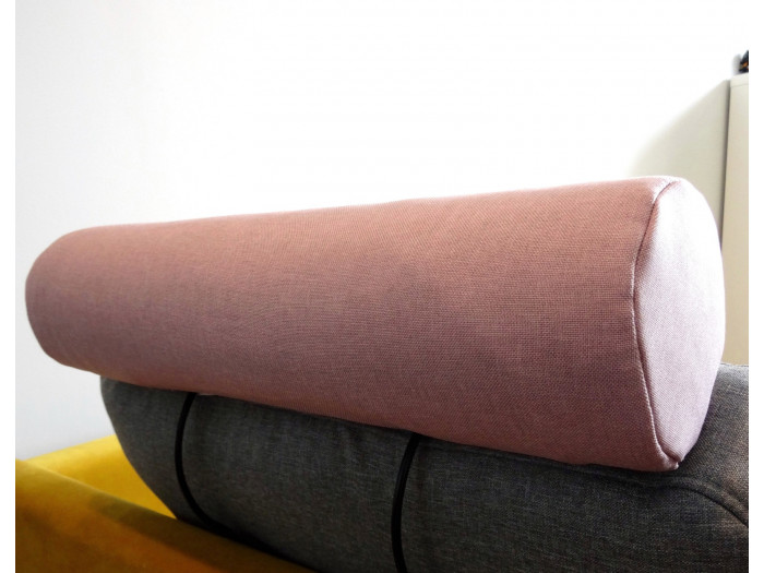 Tétiére na sofa scandi