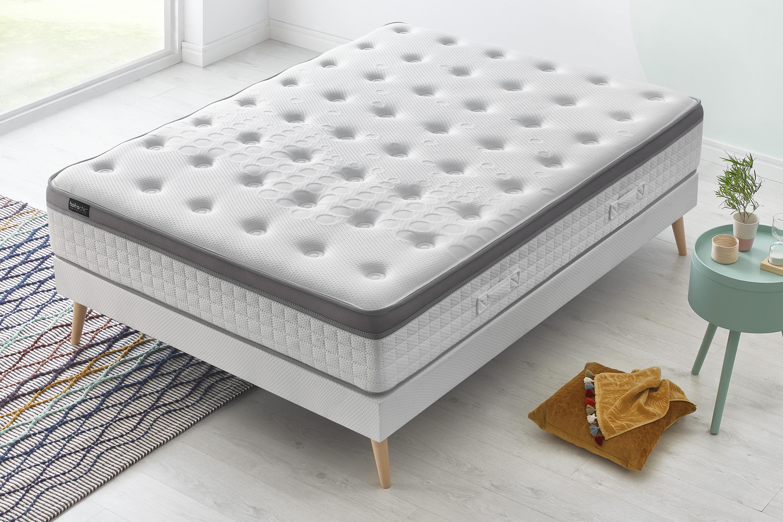 ensemble matelas sommier douceur bobochic. Black Bedroom Furniture Sets. Home Design Ideas